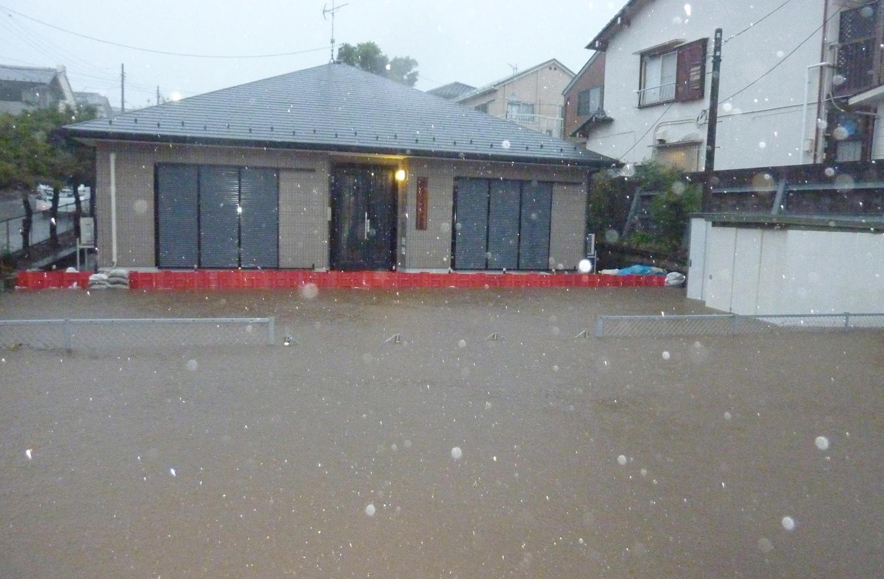 NOAQ Boxwall Hochwasserschutz im Praxiseinsatz - Japan Funabashi